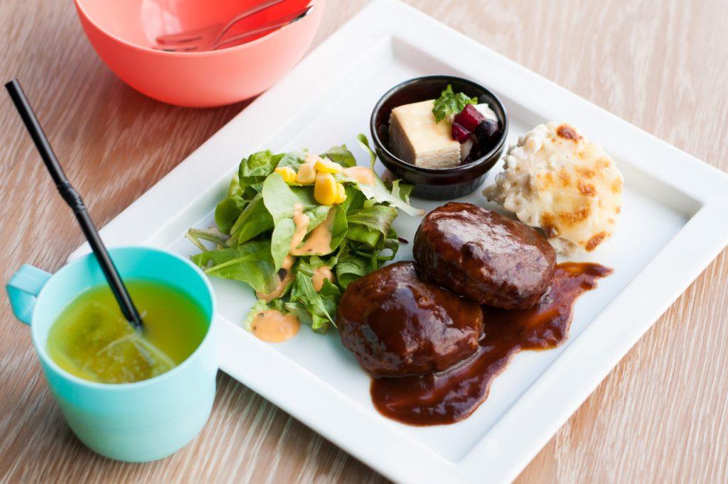 DINNER/LUNCH