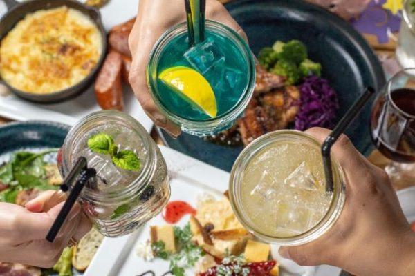 【忘新年会・歓送迎会・誕生日会に!】飲み放題&サラダ・パスタ・牛ランプグリル・デザート2種など全12品の画像